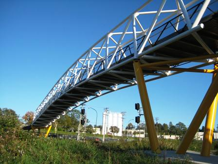 The rather awesome pedestrian/cyclist bridge that was built specially for the CVG, spanning Winston Street