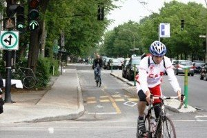 Montreal Cycling, Part 3: Separated Bike Lanes – What Other Cities can Learn from Montreal