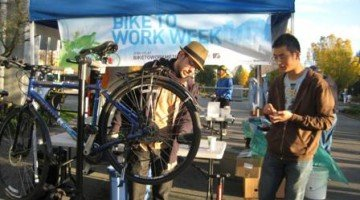 My Second Shift at a VACC Bike to Work Week Station – finding my Fledgling Volunteer Feet