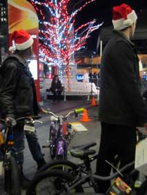 Record Number of Bikes Donated at Pan Pacific Christmas Wish Breakfast 2014