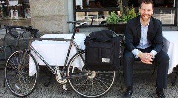 Best Commuter/Bike Touring Panniers: Two Wheel Gear Classic 2.0 Garment Pannier Review