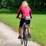 Cycling is a fantastic way to lose weight. And as a bonus: if you lose weight while maintaining your power, you will become faster on your bike